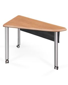Triangular shaped iGroup active learning table with 3 legs